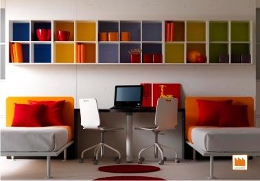 Libreria per la cameretta tutto lo spazio per i libri for Mensole per ufficio